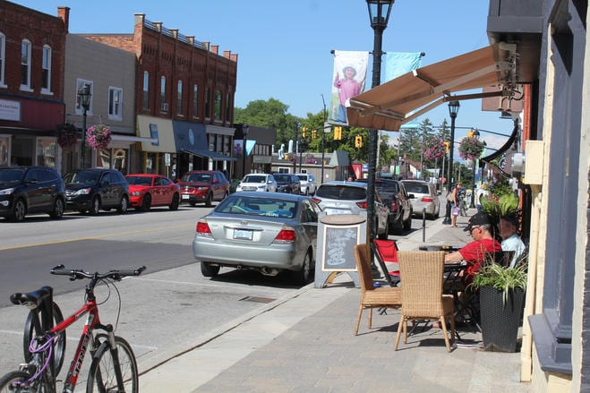 Have Lunch on Local Restaurants' Patios
